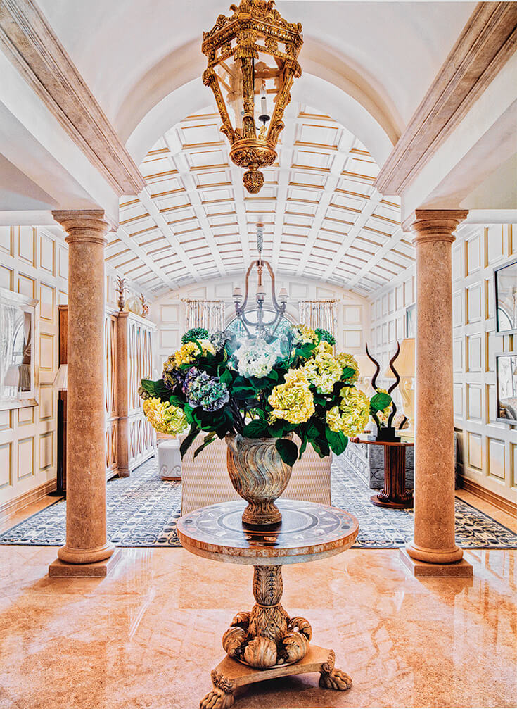 The New Elegance: Regency Roman Centre Table